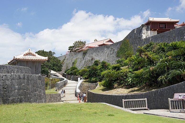 Naha Shuri Castle09s5s3200