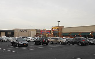 Nanuet, New York - The Shops at Nanuet shopping mall