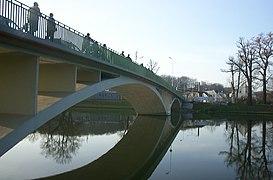 Neisse Bridge Łęknica Bad Muskau.jpg