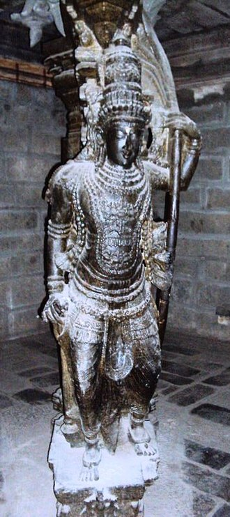 Tirunelveli - Sculpted pillar in Nellaiappar Temple (the largest temple in Tirunelveli)