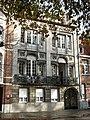Neoclassicistisch herenhuis van 1912, Karel de Stoutelaan 18, Brugge.jpg