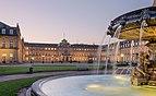 Neues Schloss Schlossplatzspringbrunnen Schlossplatz Stuttgart 2015 02.jpg