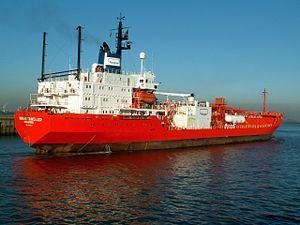 Norgas Traveller astern, Port of Antwerp, Belgium 19-Sep-2005.jpg