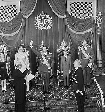 Grand Duke Jean taking the oath on 12 November 1964 Oath GD Jean of Luxembourg 1964-11-12.jpg