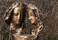 Obermenzing - Schloss Blutenburg - Agnes Bernauer Denkmal mit Tele 006.jpg