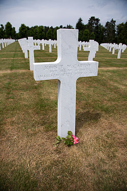 Oise-Aisne American Cemetery and Memorial 12.jpg