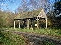 Old barn in School Wood - geograph.org.uk - 1178107.jpg