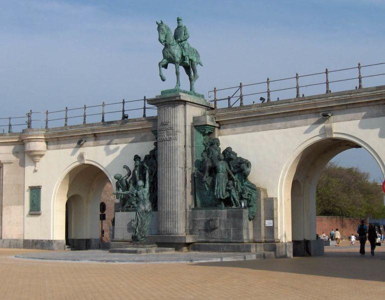 File:Oostende.Leopold II (05).jpg - Wikimedia Commons