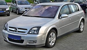 Opel Signum - Image: Opel Signum 1.9 CDTI front