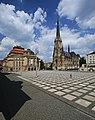 Opernhaus und Petrikirche in Chemnitz. 2H1A2060WI.jpg