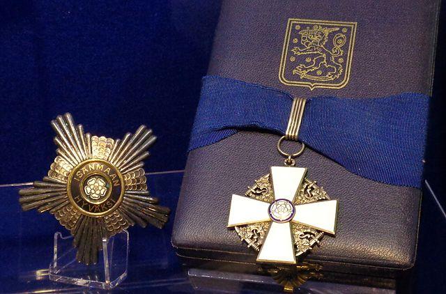 File order of the white rose of finland commander 1st for Commander rose