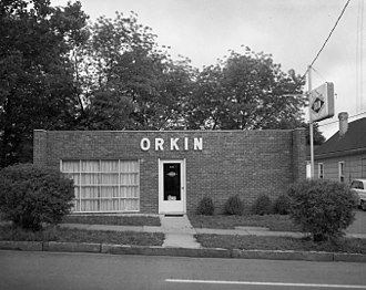 Orkin - Orkin outlet in Raleigh, North Carolina, late 1950s