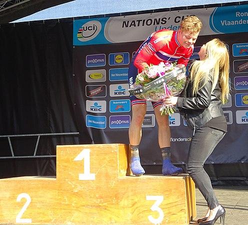 Oudenaarde - Ronde van Vlaanderen Beloften, 11 april 2015 (E01).JPG