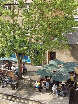 Bear Inn, Oxford - Image: Outside tables of The Bear, Blue Boar Lane, Oxford geograph.org.uk 187952