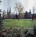Overzicht met westgevel abdijkerk met kerktorens - Berkel-Enschot - 20348735 - RCE.jpg