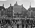 Overzicht van de voorbijtrekkende menigte, Bestanddeelnr 912-1848.jpg