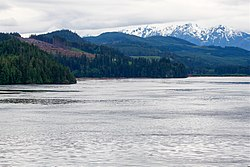 Pacific Ranges over Johnstone Strait.jpg