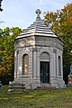Paine Mausoleum Oakwood 1.jpg