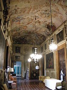 Palazzo giugni wikipedia - Pilastri portanti incassati in una parete ...