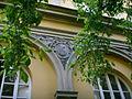 Palazzo malenchini alberti, giardino, ex loggetta 03 stemma alberti.JPG
