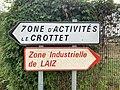 Panneaux Directions ZA Crottet ZI Laiz Rue Pont Veyle Crottet 1.jpg