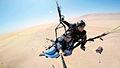 Parapente en la bahia de paracas.jpg