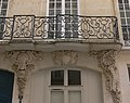 Paris - hôtel du Barry - balcon modillons.jpg