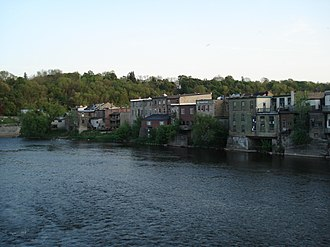 Grand River (Ontario) - The Grand River in Paris, Ontario
