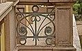 Particolare ringhiere balconi in ferro battuto in stile Liberty.jpg