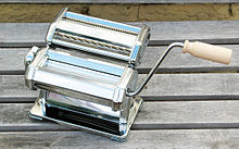 Pasta machine for tagliatelle