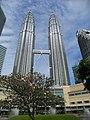 Petronas Twin Towers, Kuala Lumpur, Malaysia.jpg