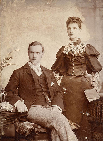 Photographic print toning - A sepia-toned photograph taken in England in 1895