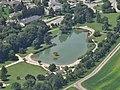 Plan d'eau Challes-les-Eaux (aérien).JPG