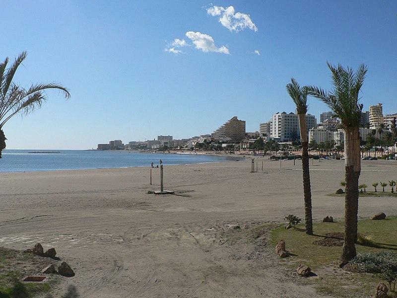 File:Playa de Benalmádena.jpg
