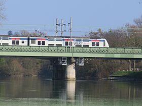 Pont ferroviaire de bonneuil wikip dia for Rer wikipedia