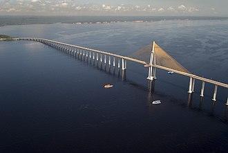 Rio Negro Bridge - Image: Ponte Rio Negro Manaus 1