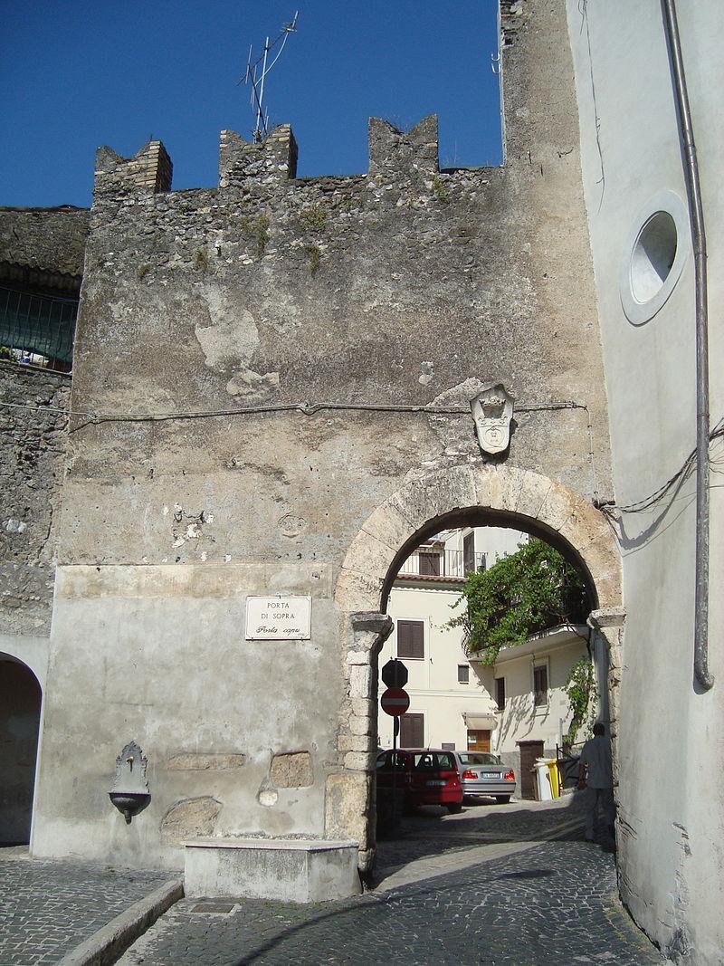 Porta di Sopra de Vicovaro.JPG