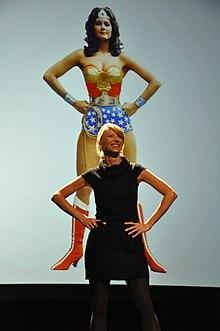 Amy cuddy power poses study