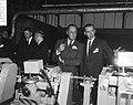 Prins Bernhard bij de opening van de Schick Safety Razor Company te Amsterdam d, Bestanddeelnr 918-5260.jpg