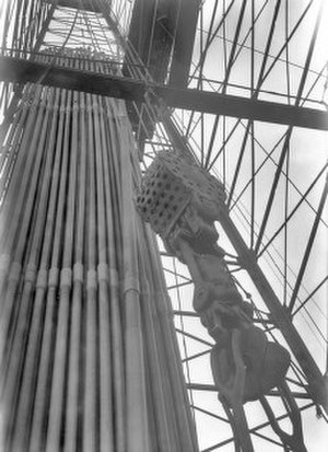 Pulley - Pulley in oil derrick