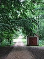 Pump house by footpath - geograph.org.uk - 880245.jpg