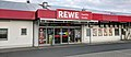 REWE Lebensmittelmarktfiliale Familie Studer in Bad Endbach (2019-05-01).jpg