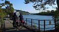 Radfahrer am Aare-Stausee Schinznach.jpg