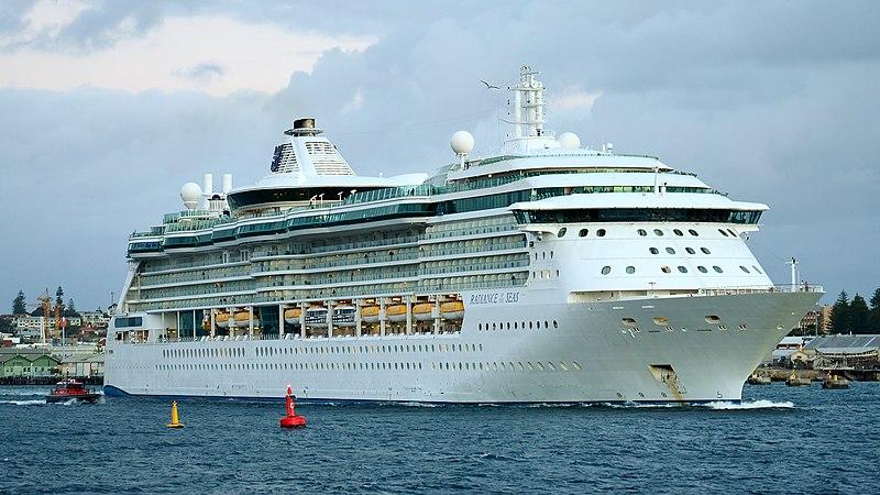 FileRadiance Of The Seas Fremantle 2015 03JPG