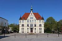 Rathaus Trossingen weit.JPG