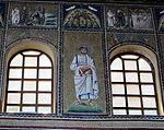 Ravenna, sant'apollinare nuovo, int., santi e profeti, epoca di teodorico 02.JPG