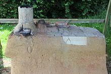 Reconstitution table de cuisson à Vieux-la-Romaine.jpg