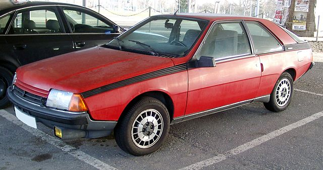 https://upload.wikimedia.org/wikipedia/commons/thumb/1/1c/Renault_Fuego_front_20080123.jpg/640px-Renault_Fuego_front_20080123.jpg