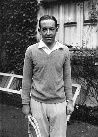 René de Buzelet - De Buzelet at the Tennis Club de Paris in 1928
