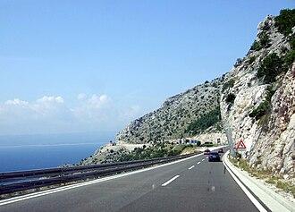 D8 road (Croatia) - D8 state road between Makarska and Omiš